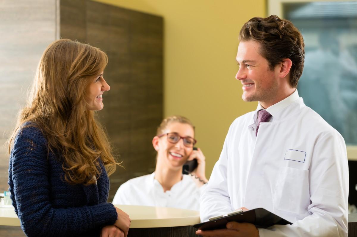 pacienti clinica stomatologica